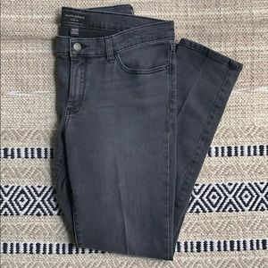 Banana Republic Light Fade Black Skinny Jean NWOT